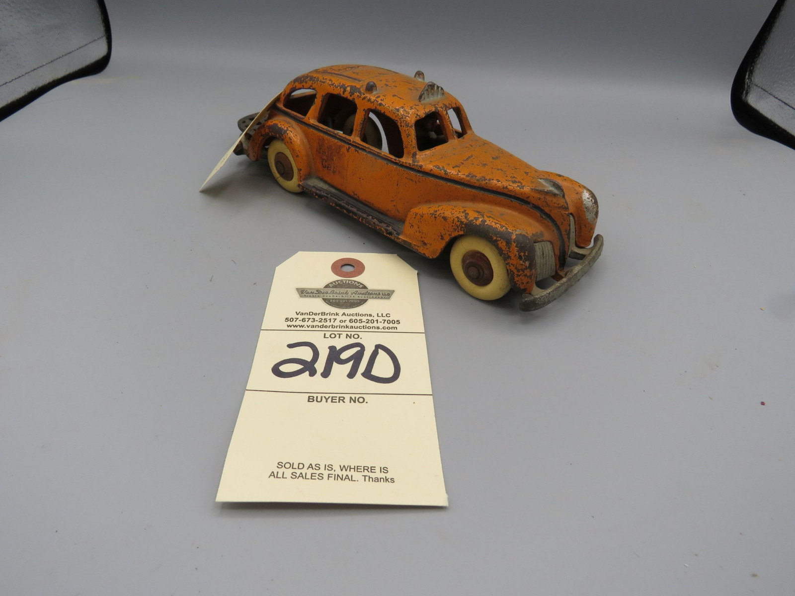 Hubley Cast Iron Taxi Cab @1939-40 Approx. 9 inches - Image 1
