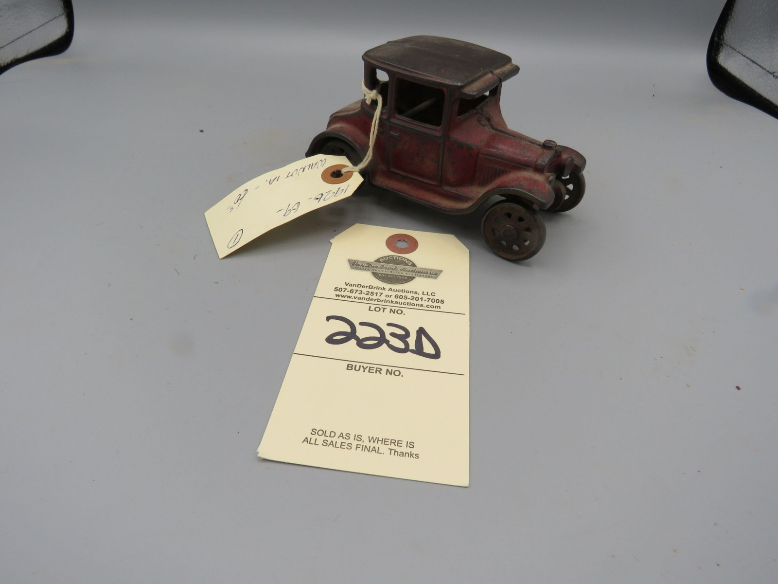 Arcade Cast Iron Coupe @1926 Approx. 6 inches - Image 2
