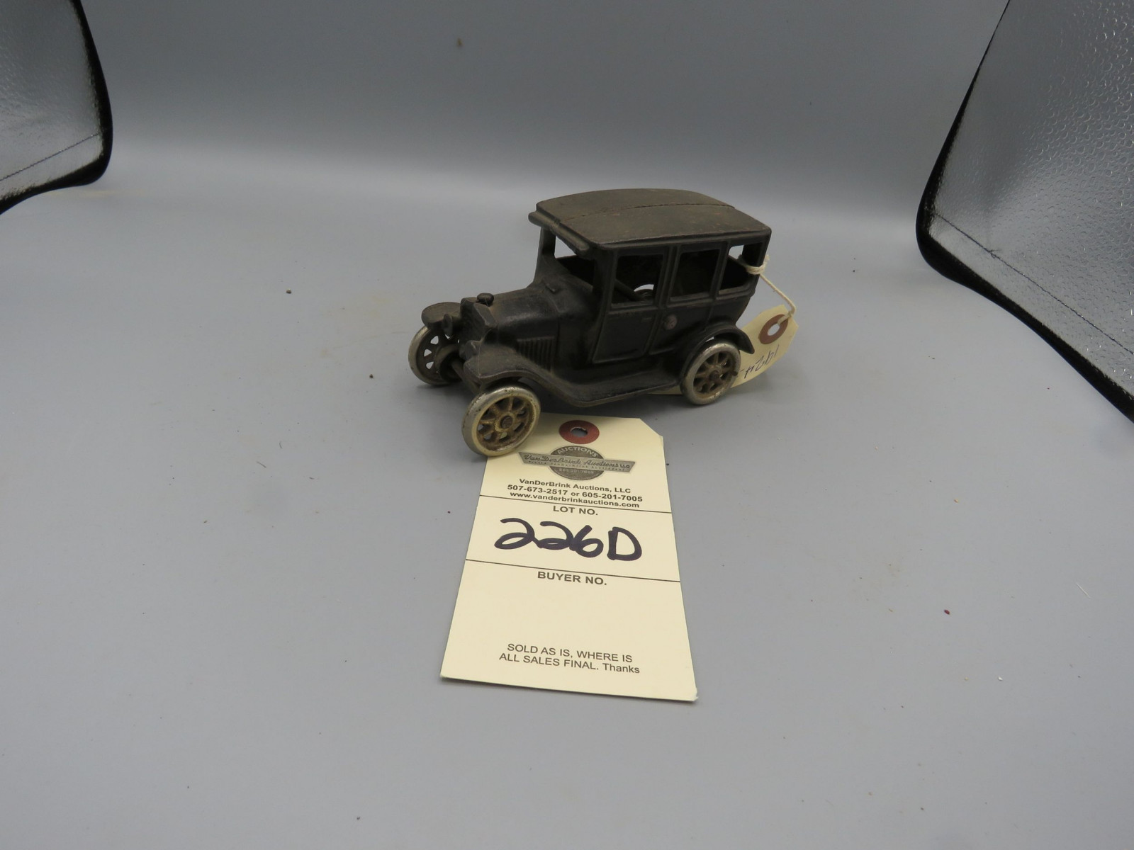 Arcade Cast Iron Sedan @1924 Approx. 6 inches - Image 2