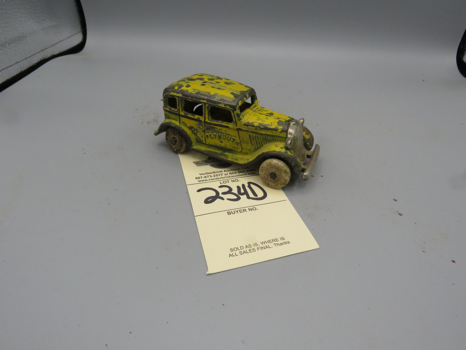 Vintage cast Iron Plymouth Sedan - Image 2