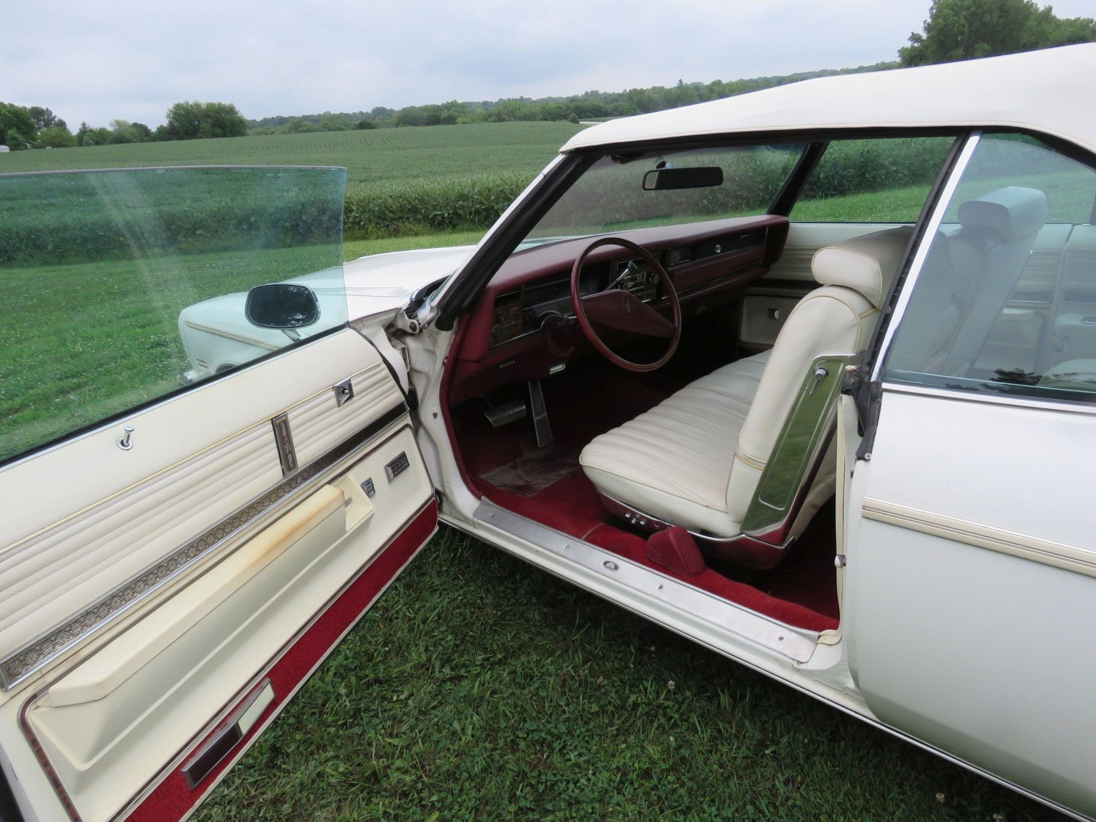 1975 Oldsmobile Delta 88 Convertible - Image 7