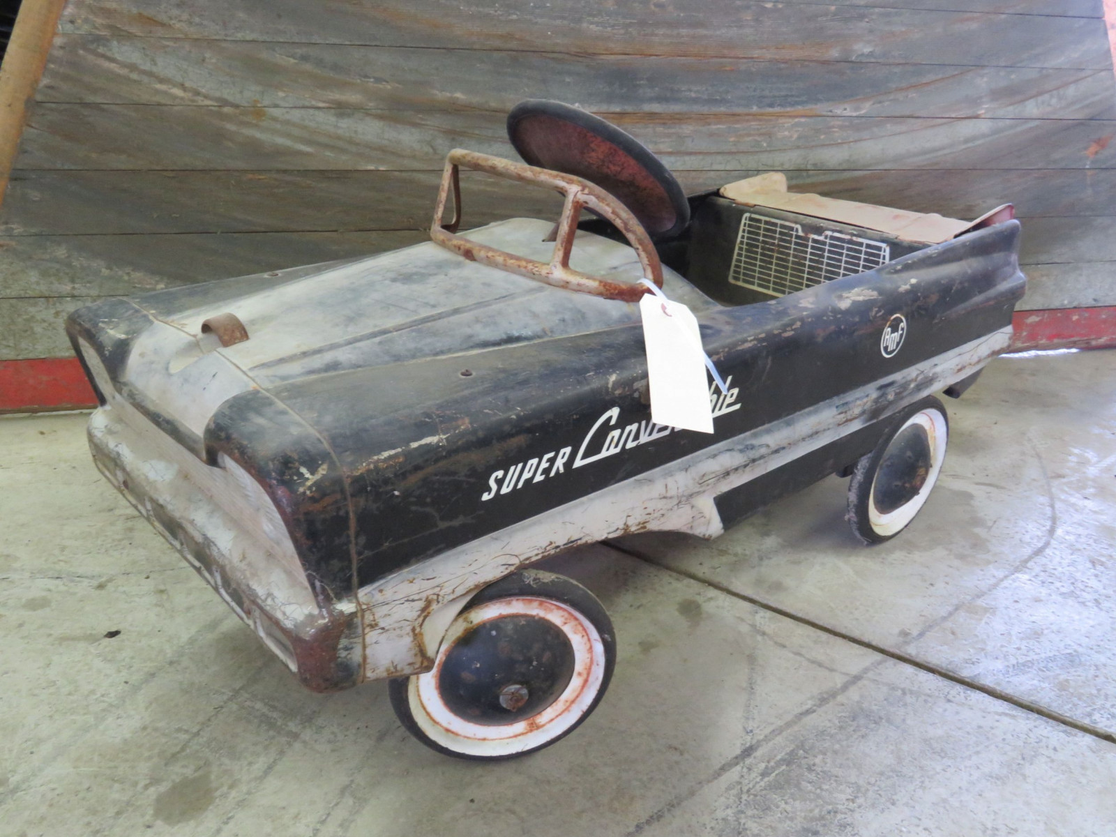 AMF Super Convertible Pedal Car - Image 1