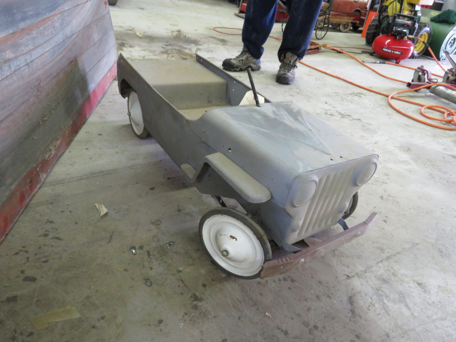 Vintage Garton Military Willys Jeep Pedal Car for restore - Image 3