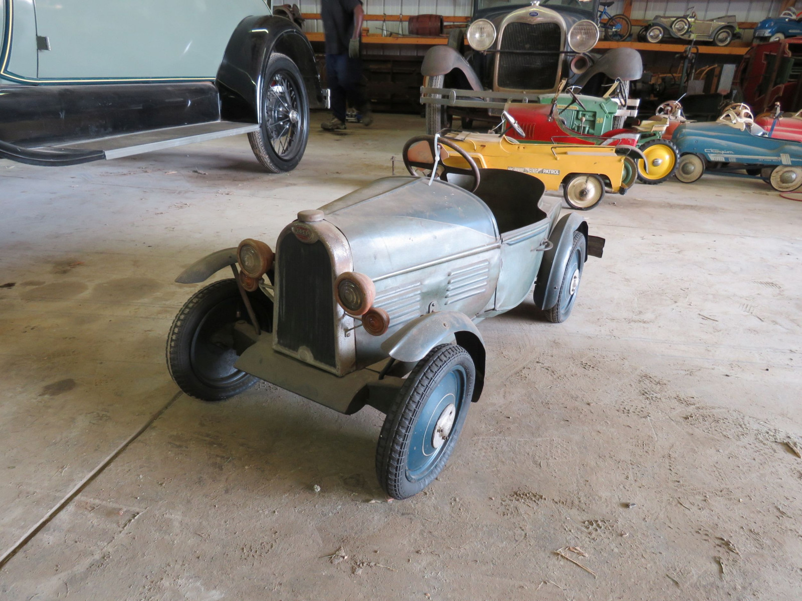 Vintage Regal Cycles Roadster Pedal Car - Image 1