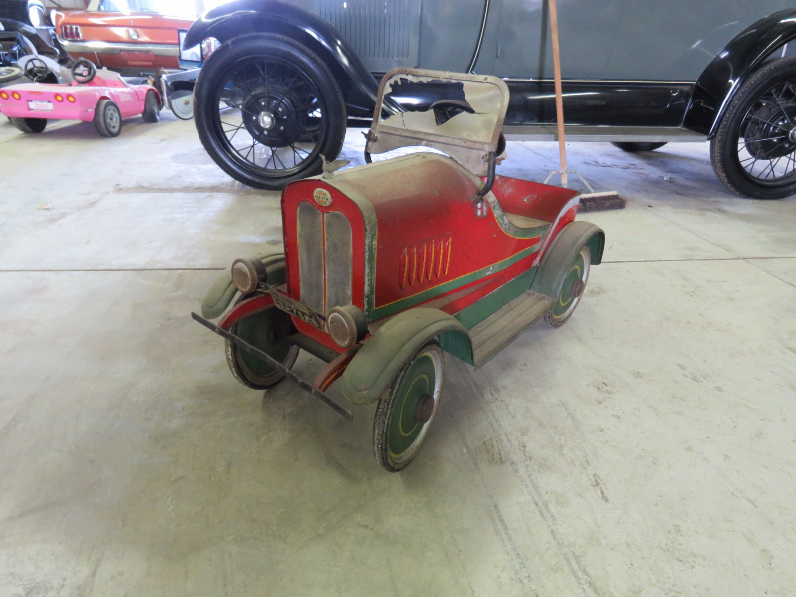 Vintage Steel craft 1929  Auburn Pedal Car - Image 1