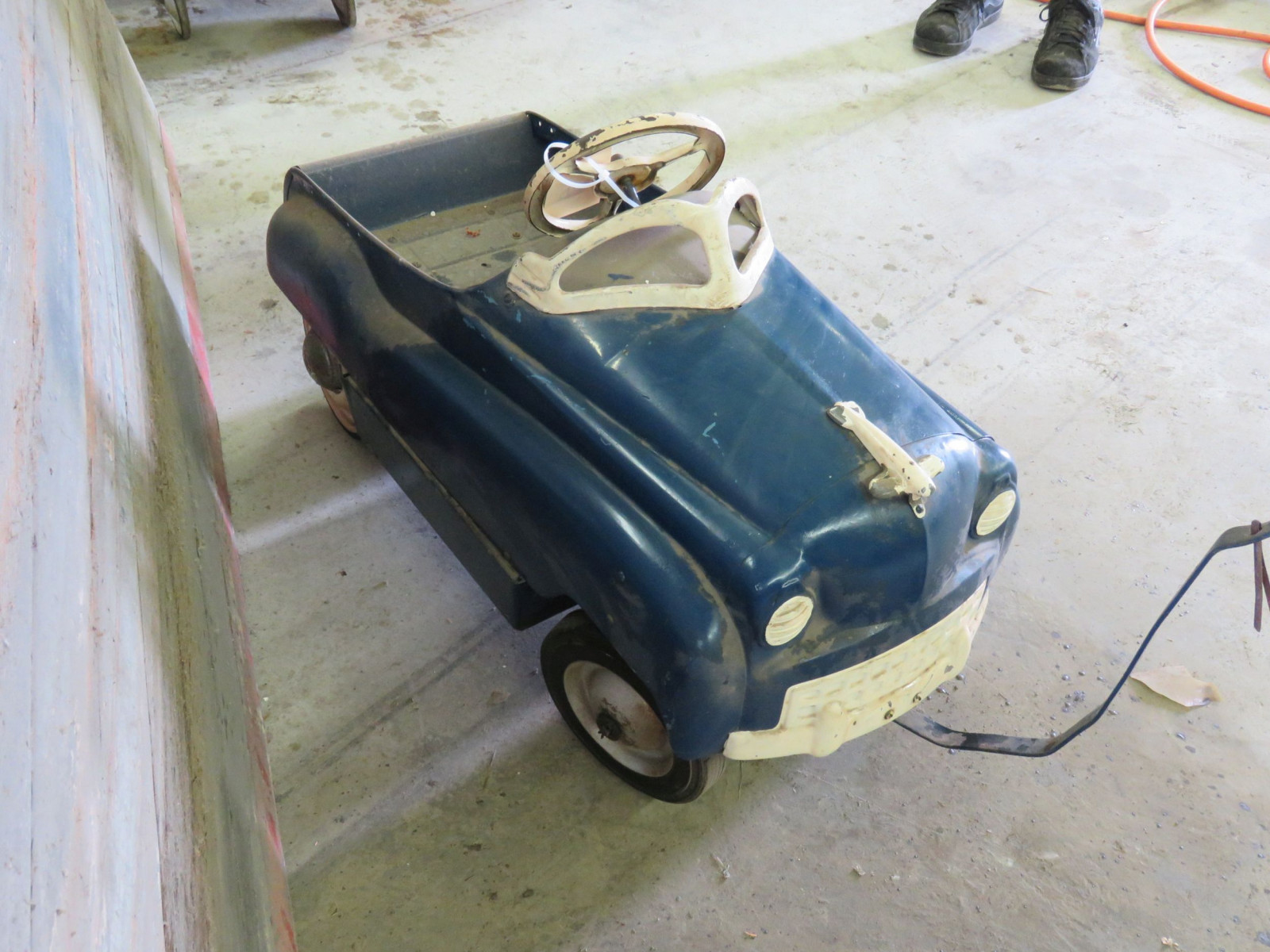 Vintage Murray Pedal Car - Image 3