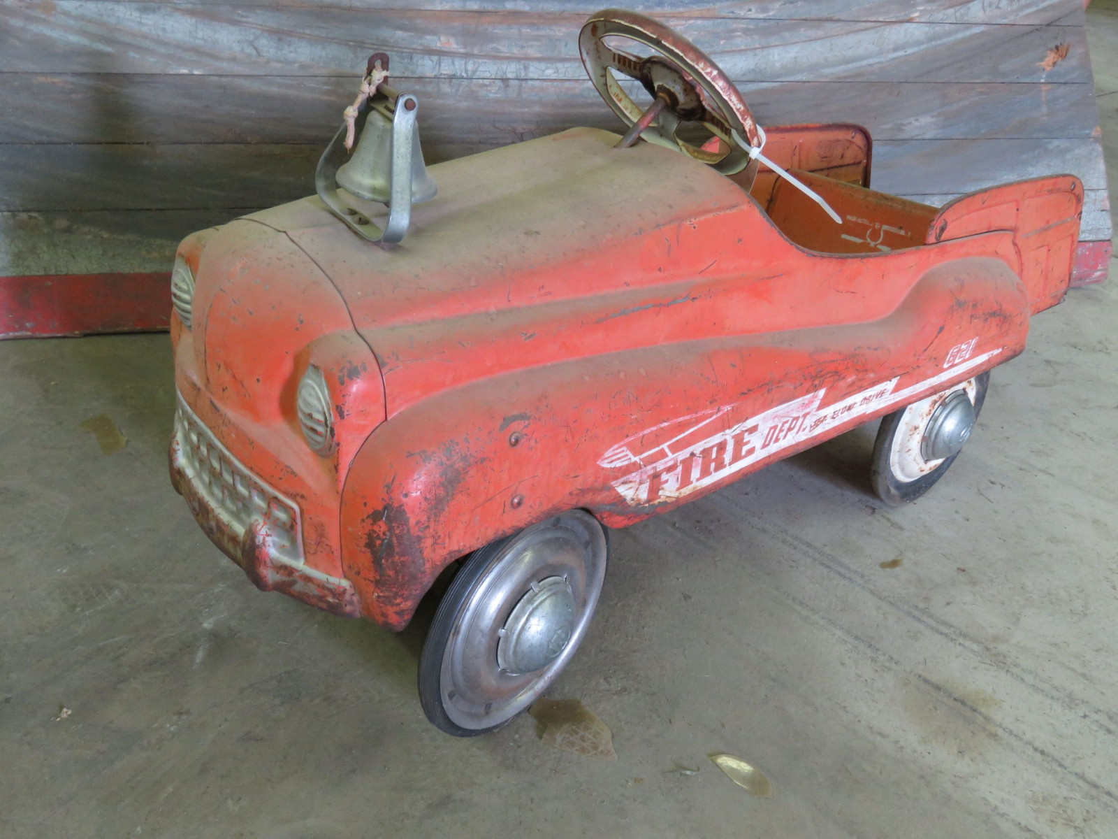 Murray 621 Fire Department vintage Pedal Car for Restore - Image 1