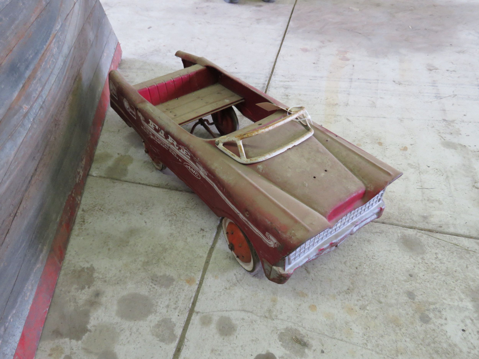 AMC Fire Chief Battalion Project Pedal Car - Image 2