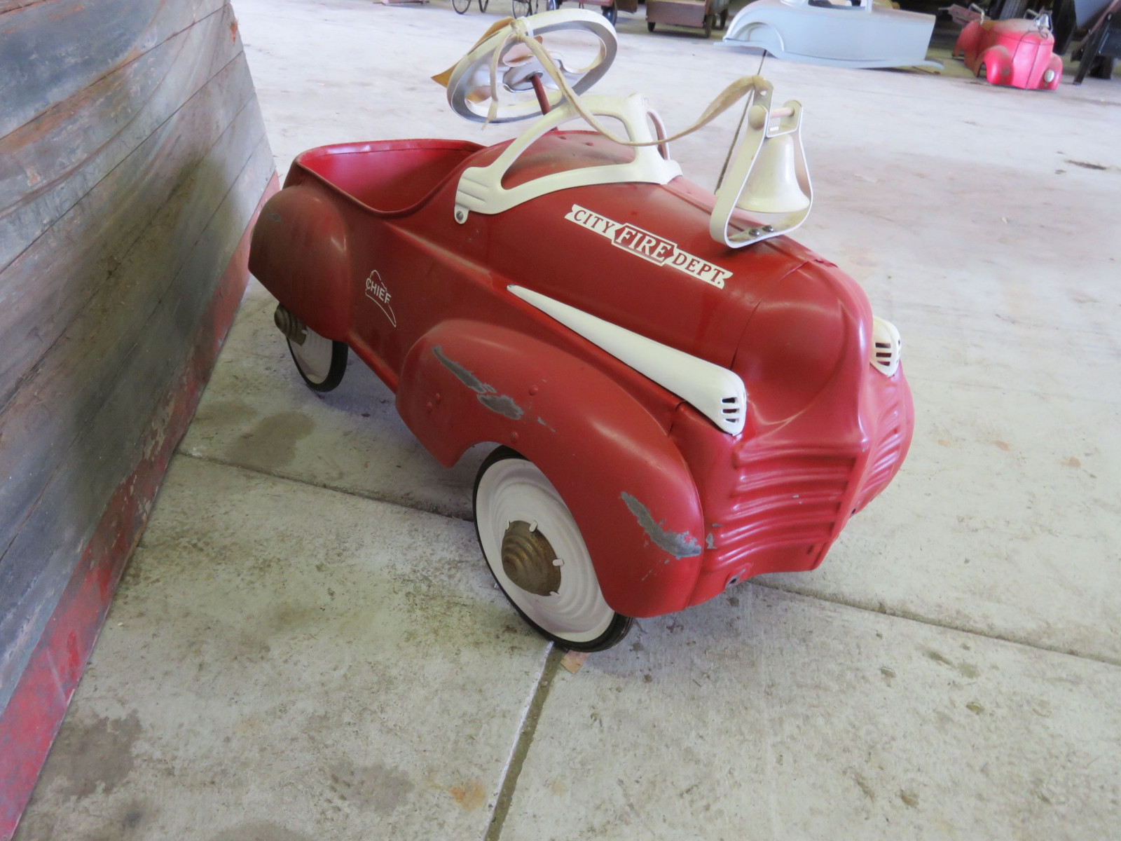 Steel craft City Chief Department Pedal Car - Image 2