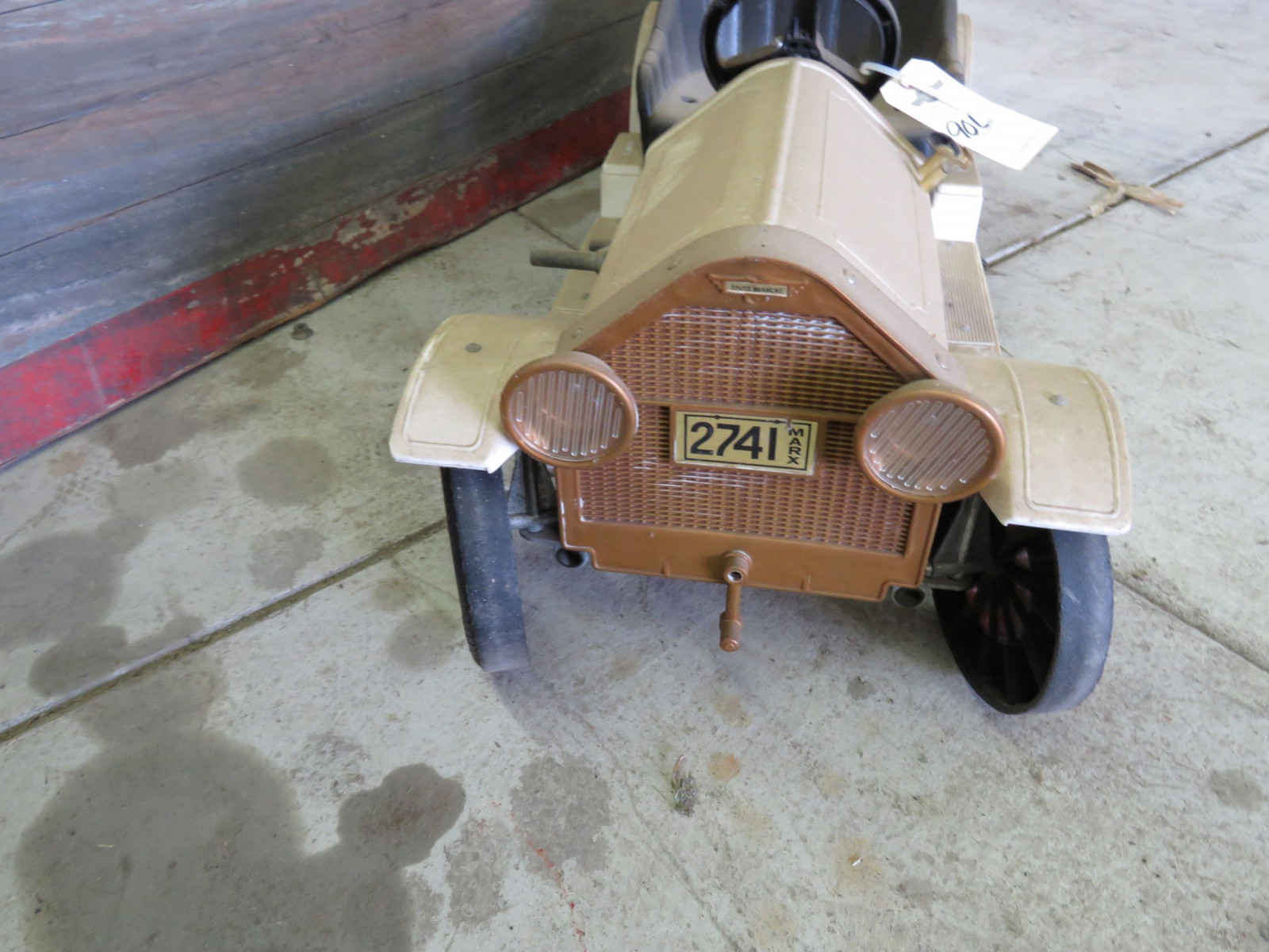 Plastic Stutz Bear Cat Pedal Car - Image 3