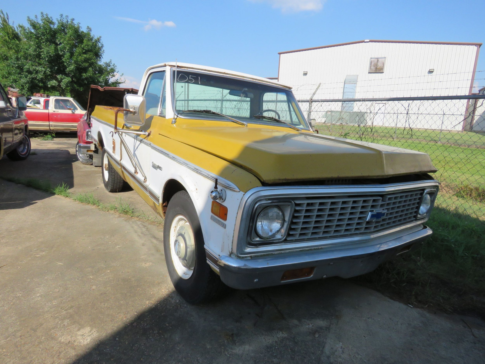 1972 Chevrolet Custom C20 Pickup - Image 1