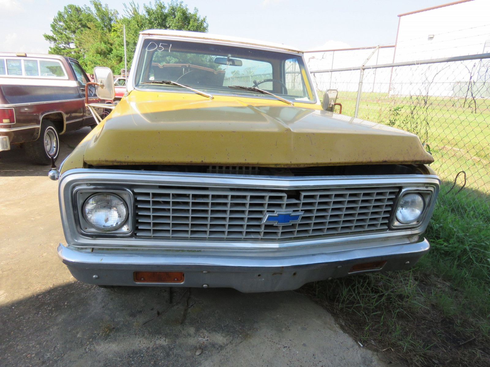 1972 Chevrolet Custom C20 Pickup - Image 2