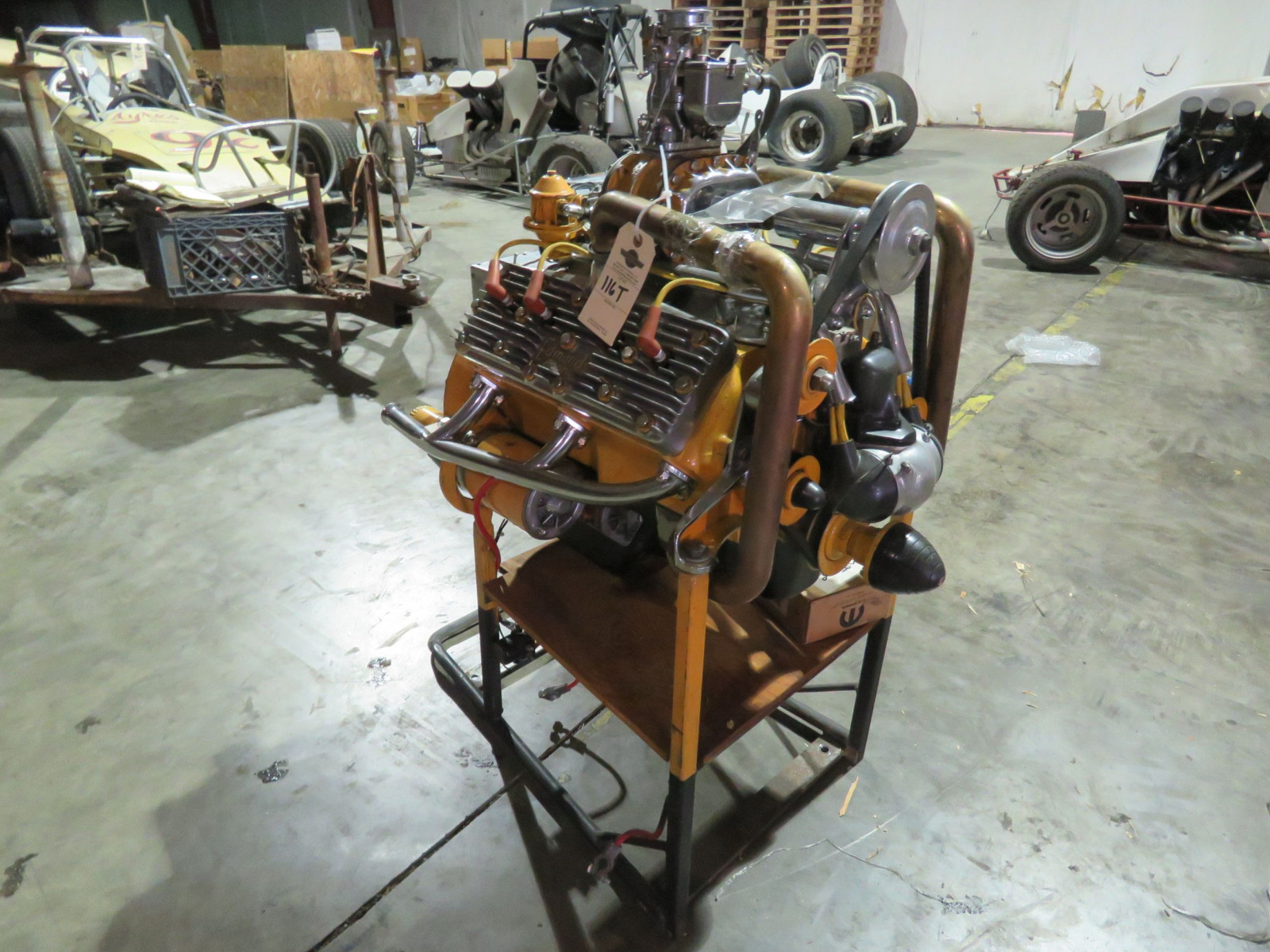 Fabulous Display Hotrod Flathead Ford V8 Motor - Image 8