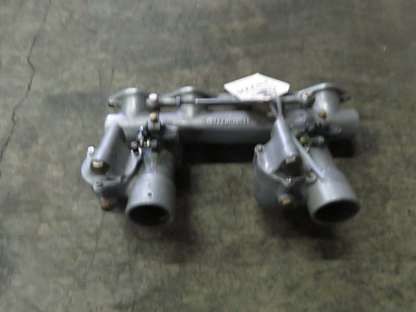 Offenhauser Intake with Riley Carbs - Image 2