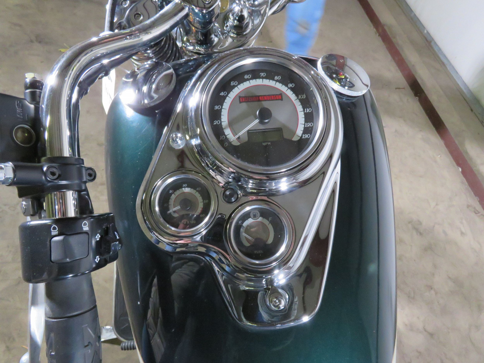 2000 Excelsior Henderson Super X Motorcycle - Image 3