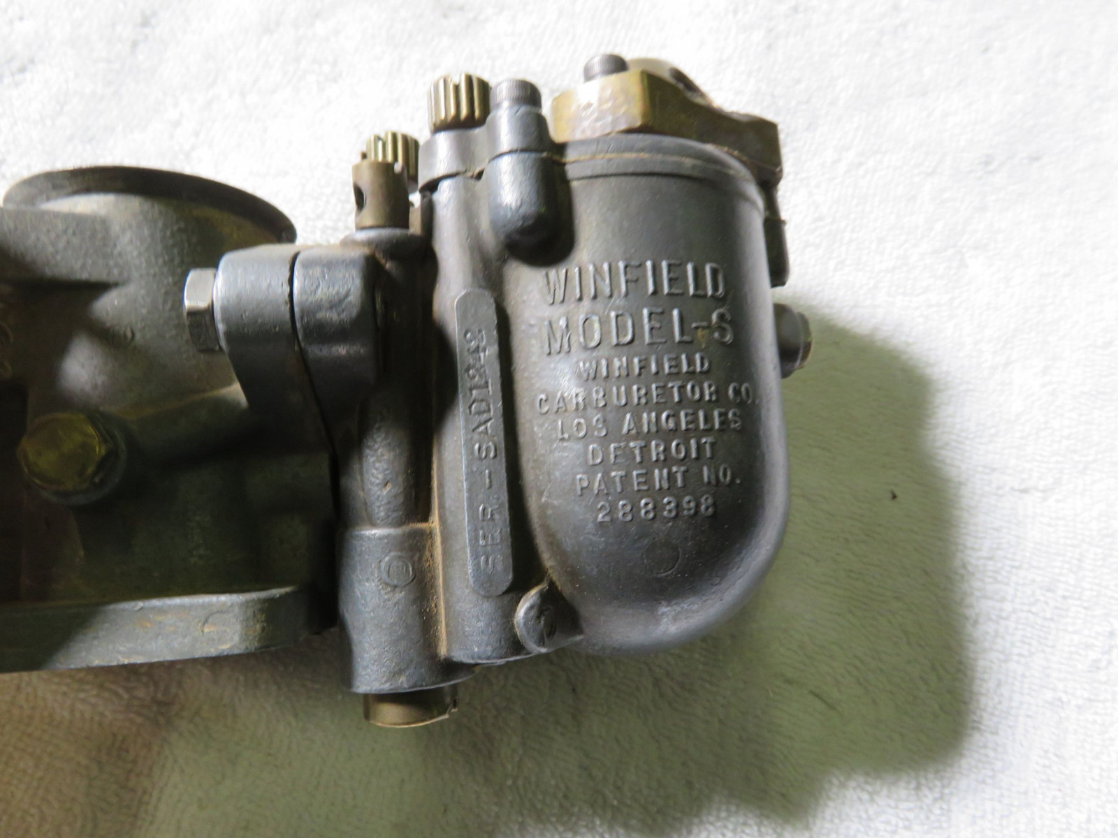 Dual Winfield Model SR Carbs with linkage - Image 2