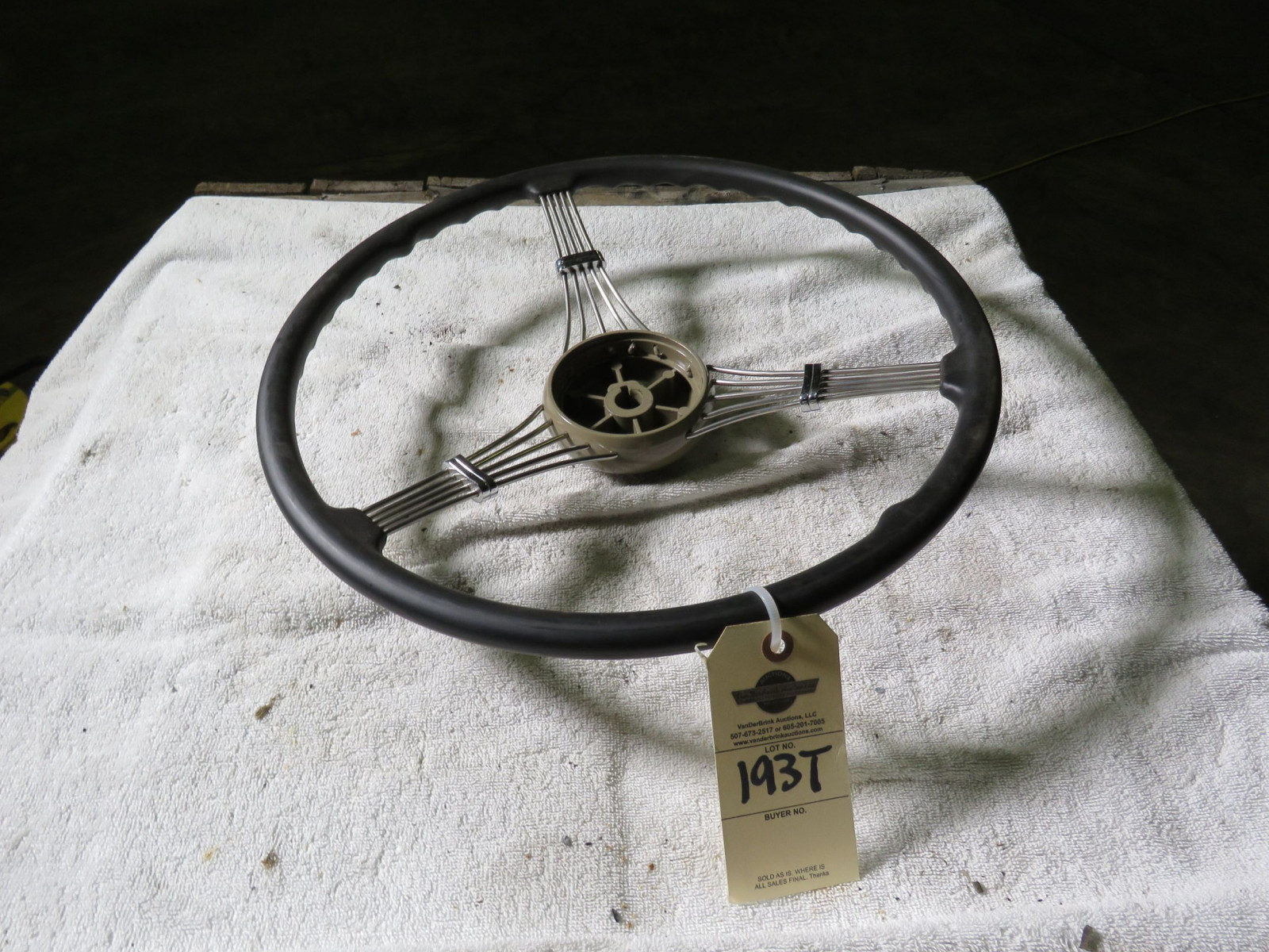 Ford Banjo Steering Wheel - Image 1