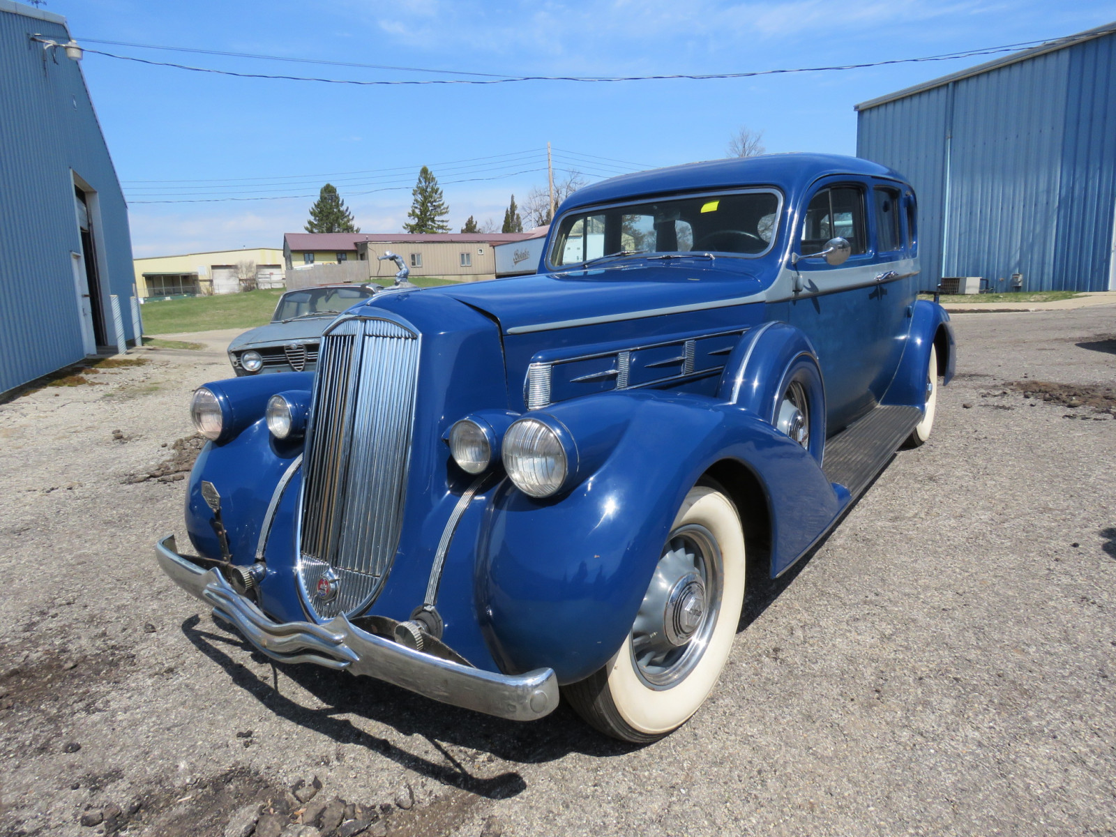 1936 Pierce Arrow V12  Series 1602 5 Passenger Sedan - Image 1