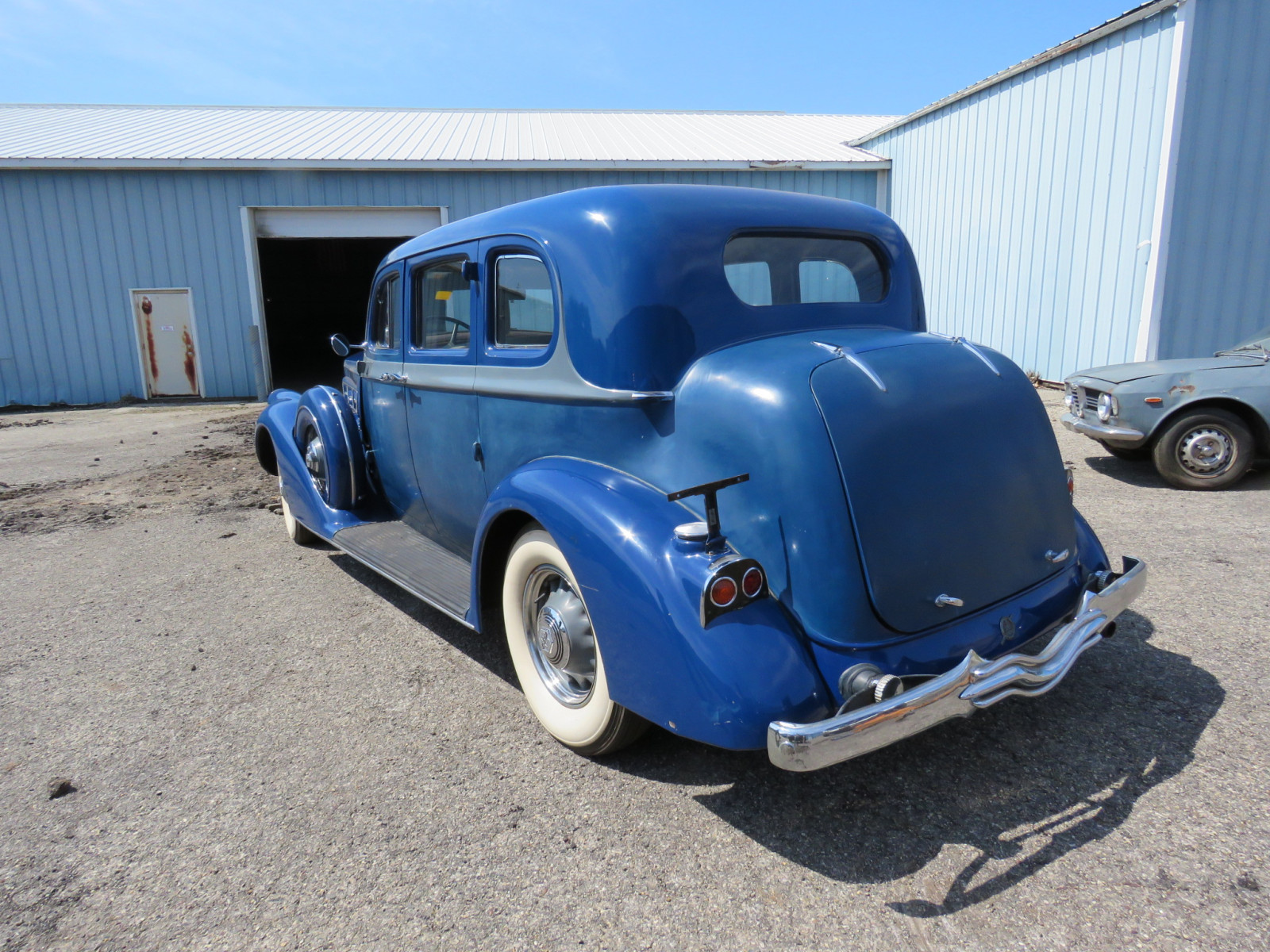 1936 Pierce Arrow V12  Series 1602 5 Passenger Sedan - Image 7