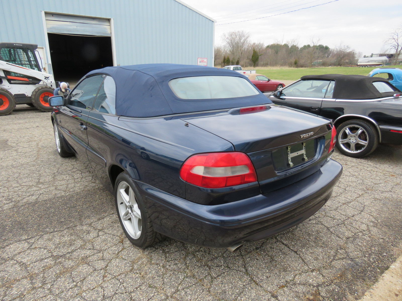 Lot 221t  U2013 2002 Volvo C70 Convertible