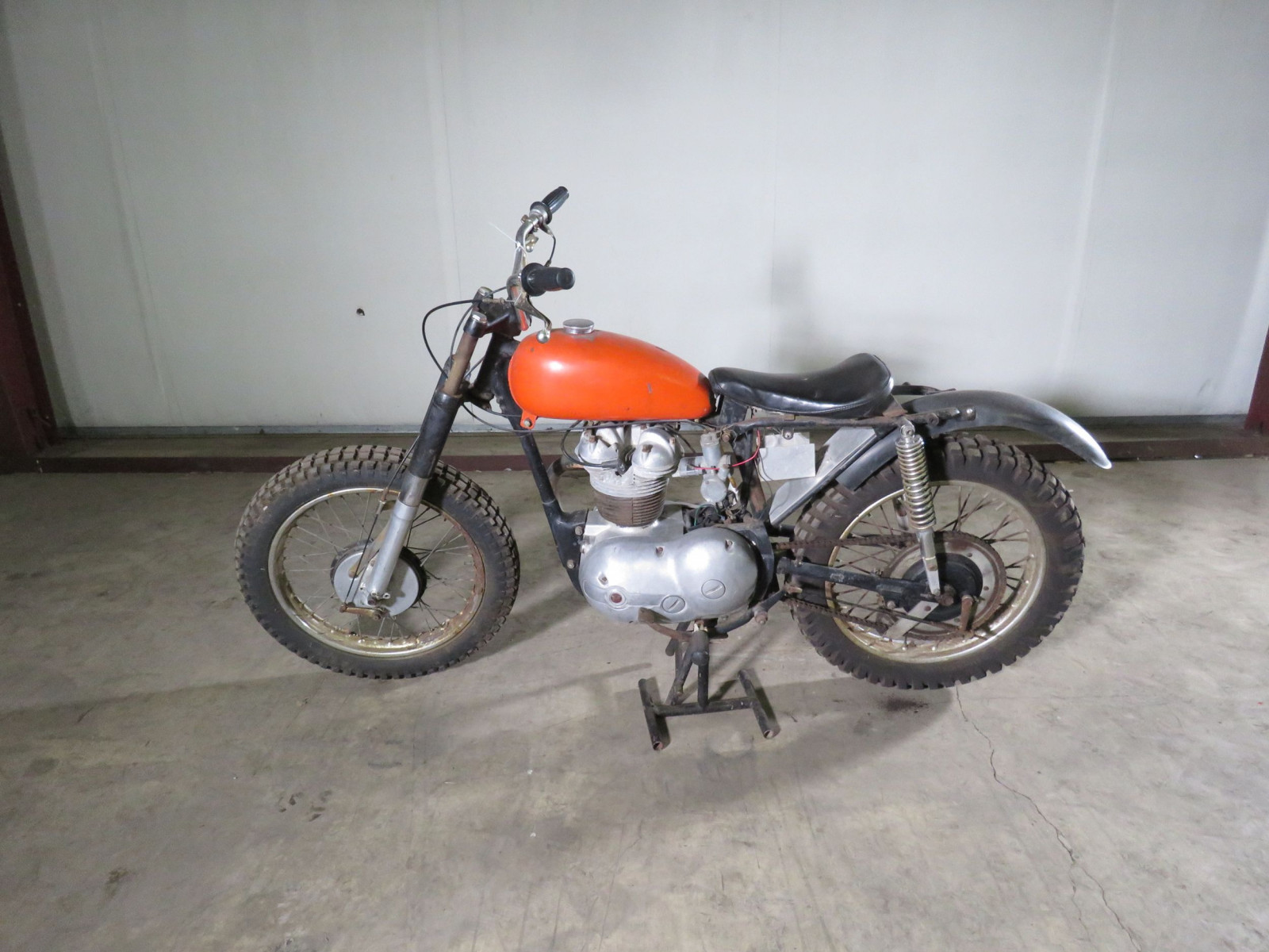 19625 Matchless G2 Motorcycle - Image 1