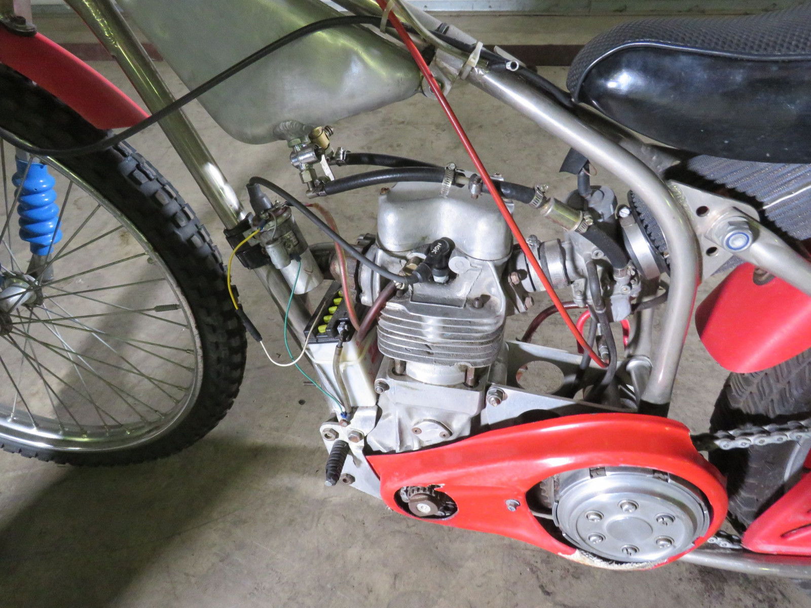 Speedway Racer Motorcycle - Image 6