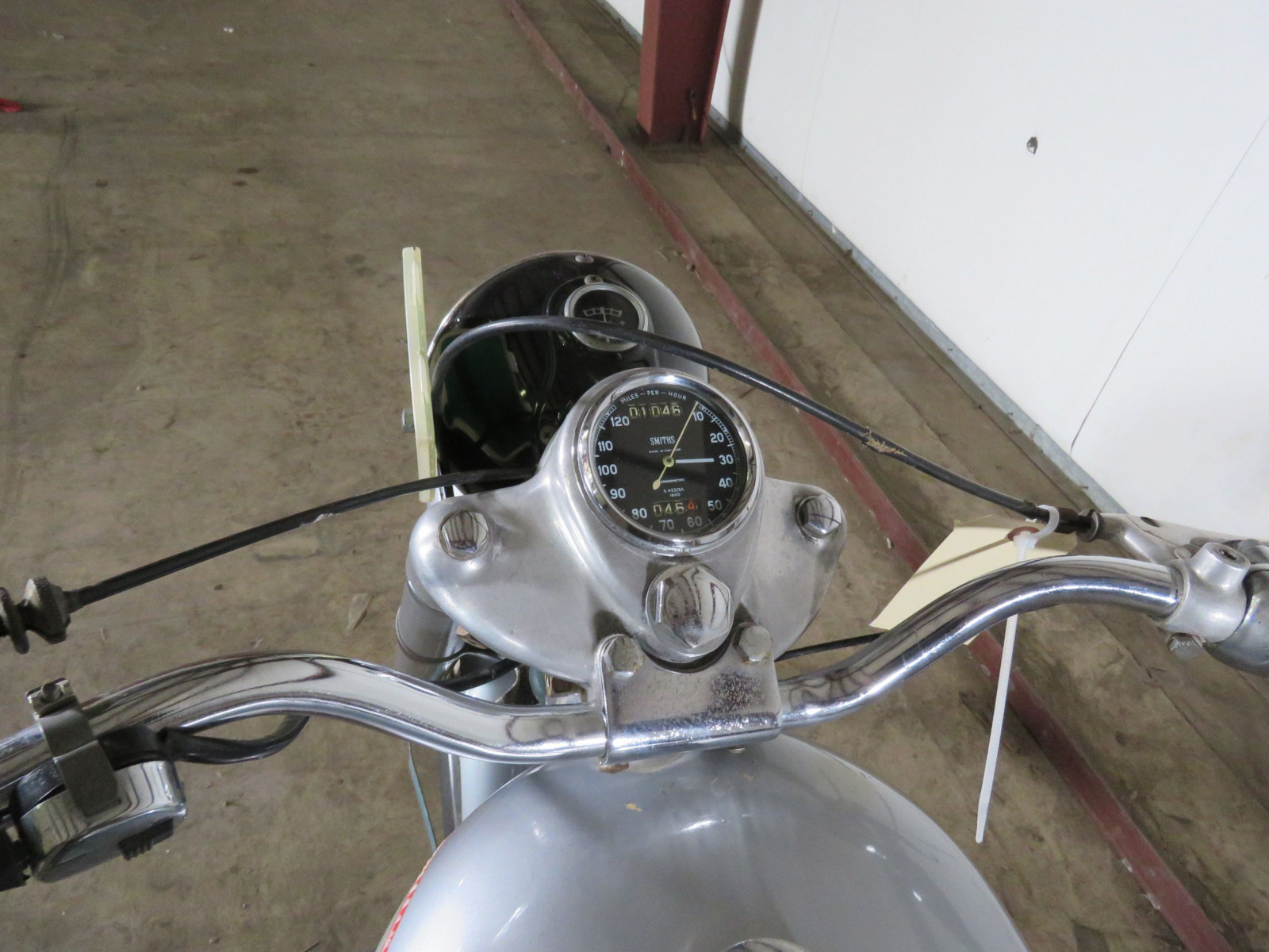 1952 Royal Enfield 500 Twin Motorcycle - Image 3