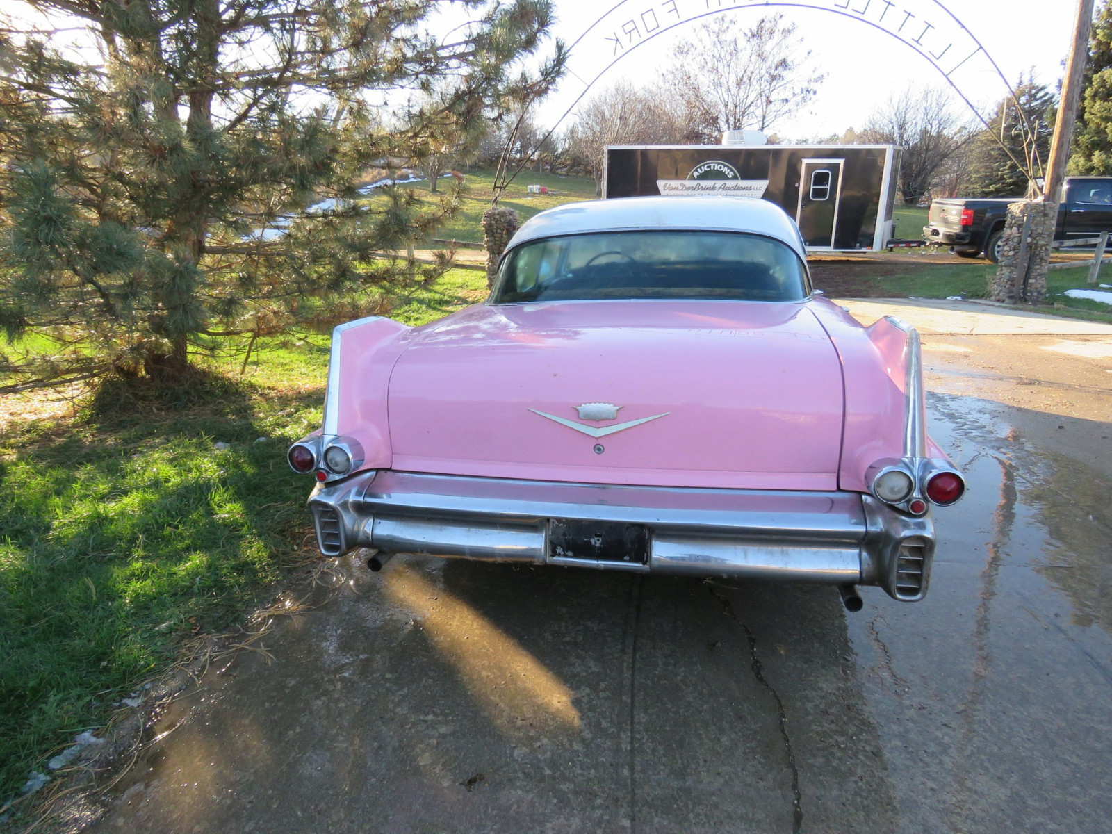1957 Series 62 Cadillac 4dr Hard Top - Image 6