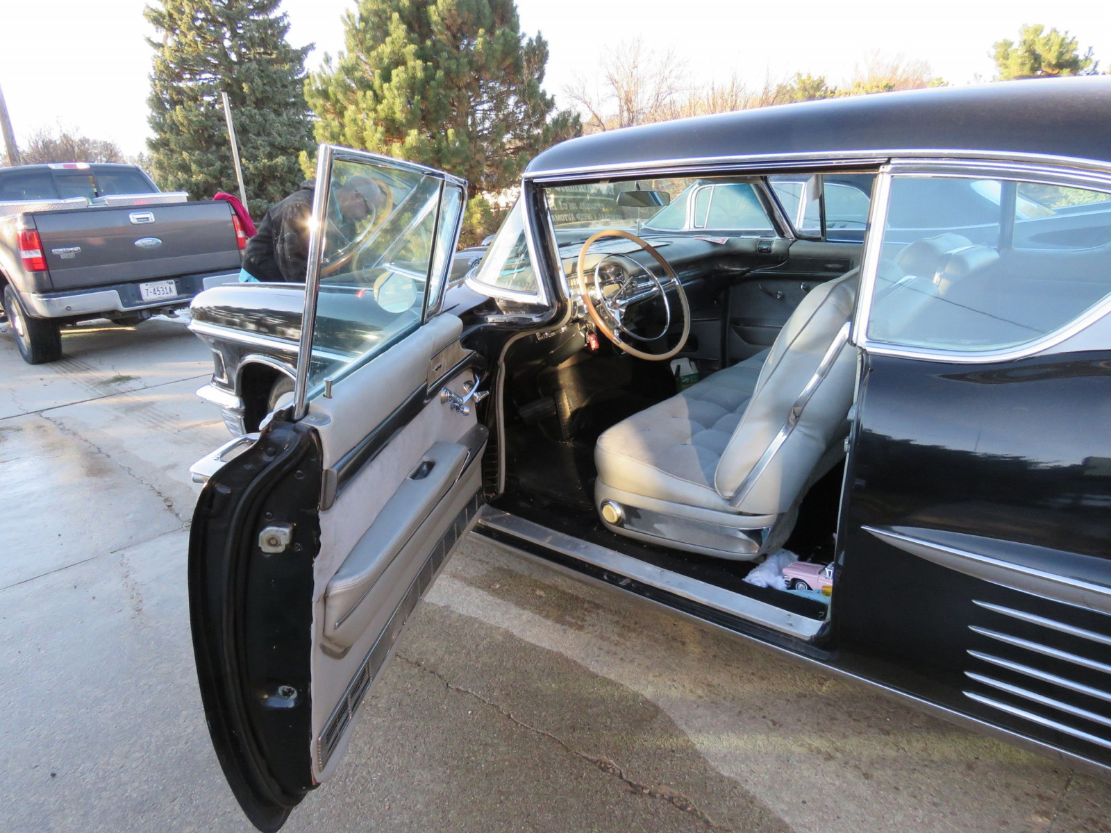 1958 Cadillac Coupe DeVille - Image 7