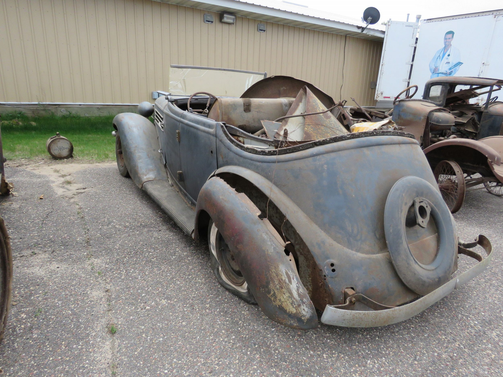 1936 Auburn 852 Roadster for Project - Image 6