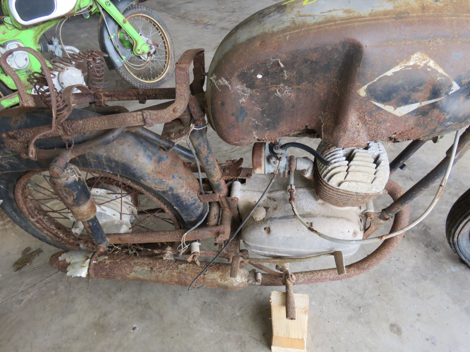 Honda Dream Project or Parts - Image 2