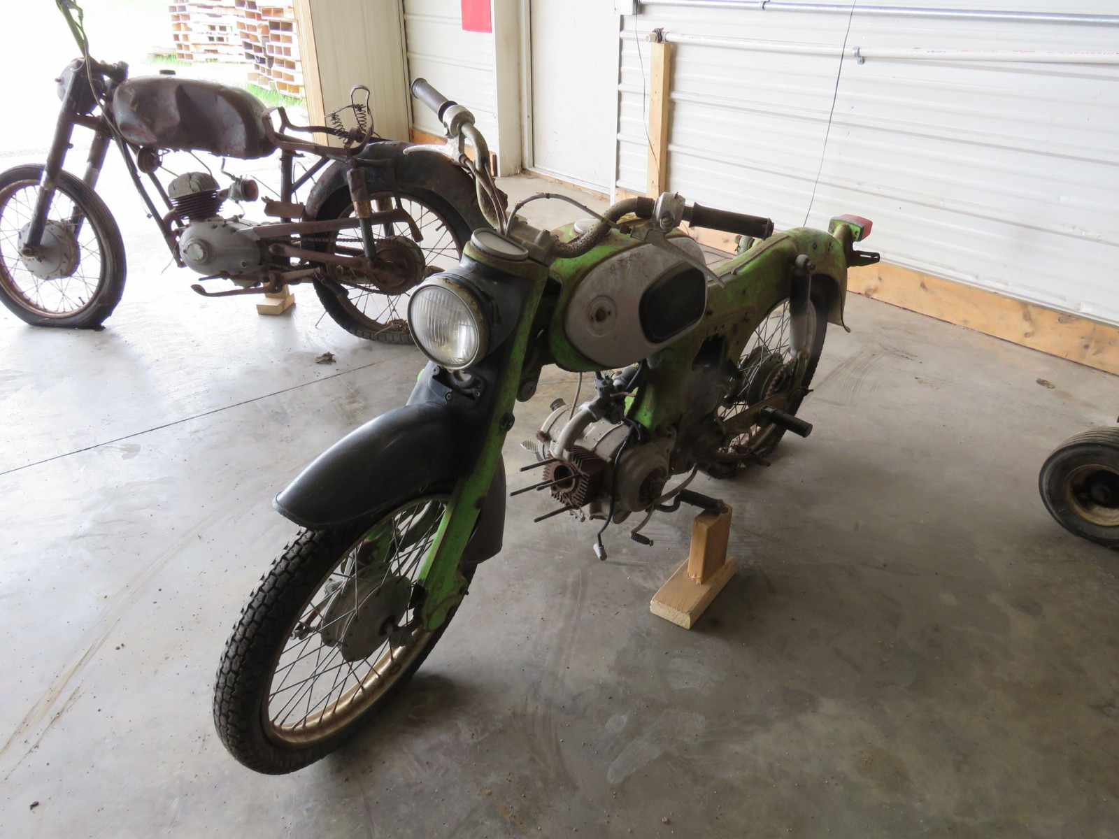 Honda Dream Project or Parts - Image 4