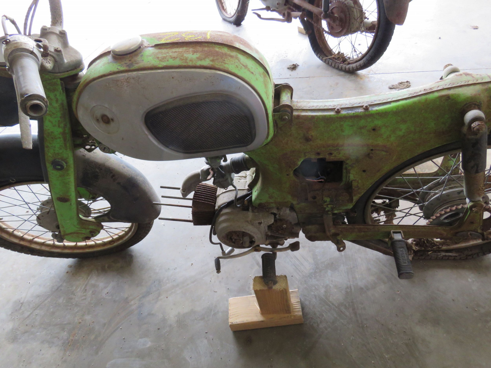 Honda Dream Project or Parts - Image 6