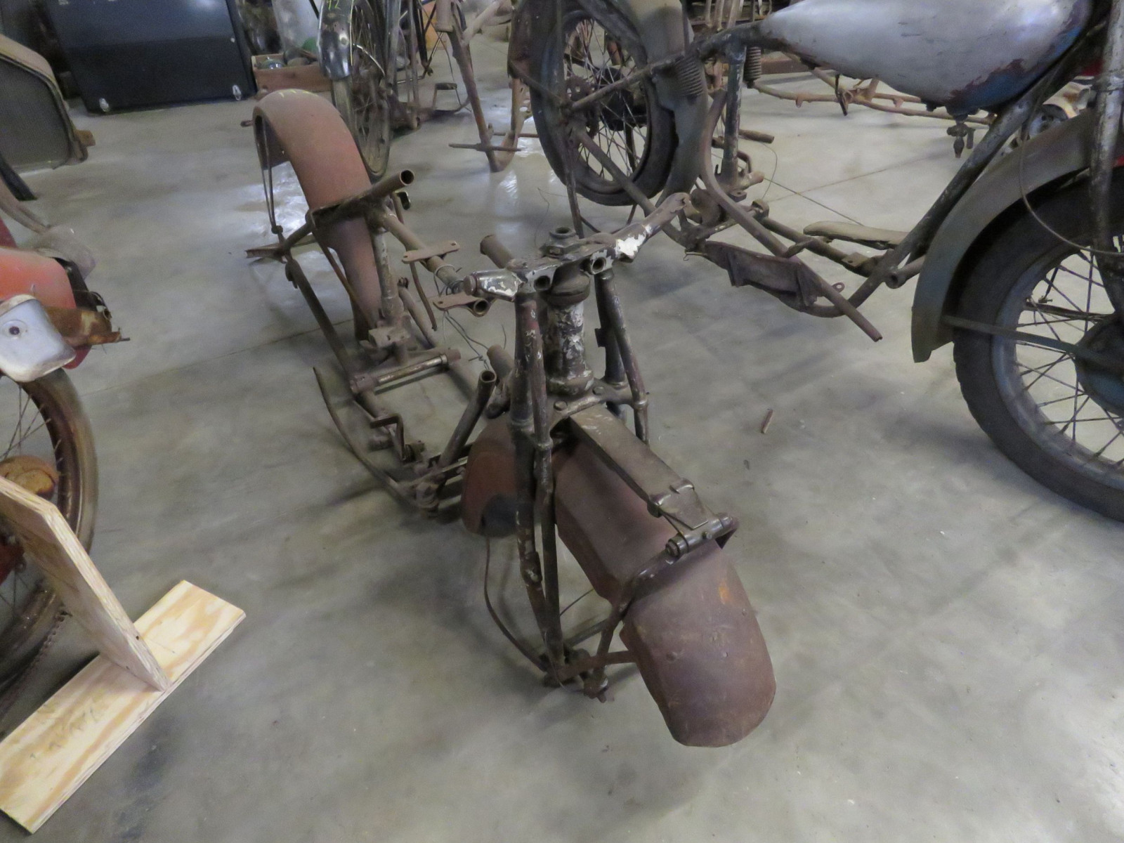 Vintage Indian Motorcycle Frame Project - Image 4