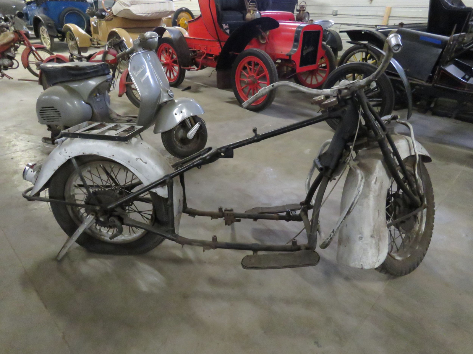 RARE 1930's Indian 4 cylinder Motorcycle - Image 9