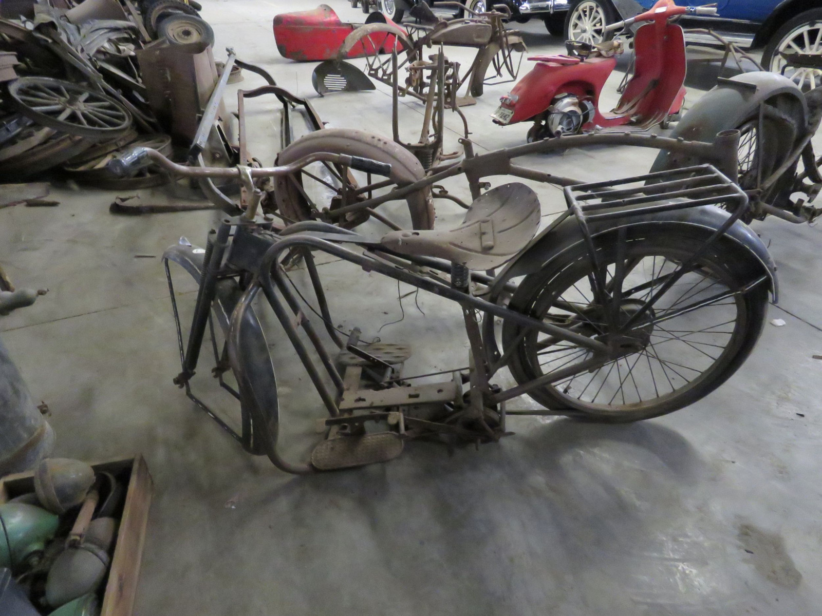 Vintage Servicycle Motorcycle Project - Image 4