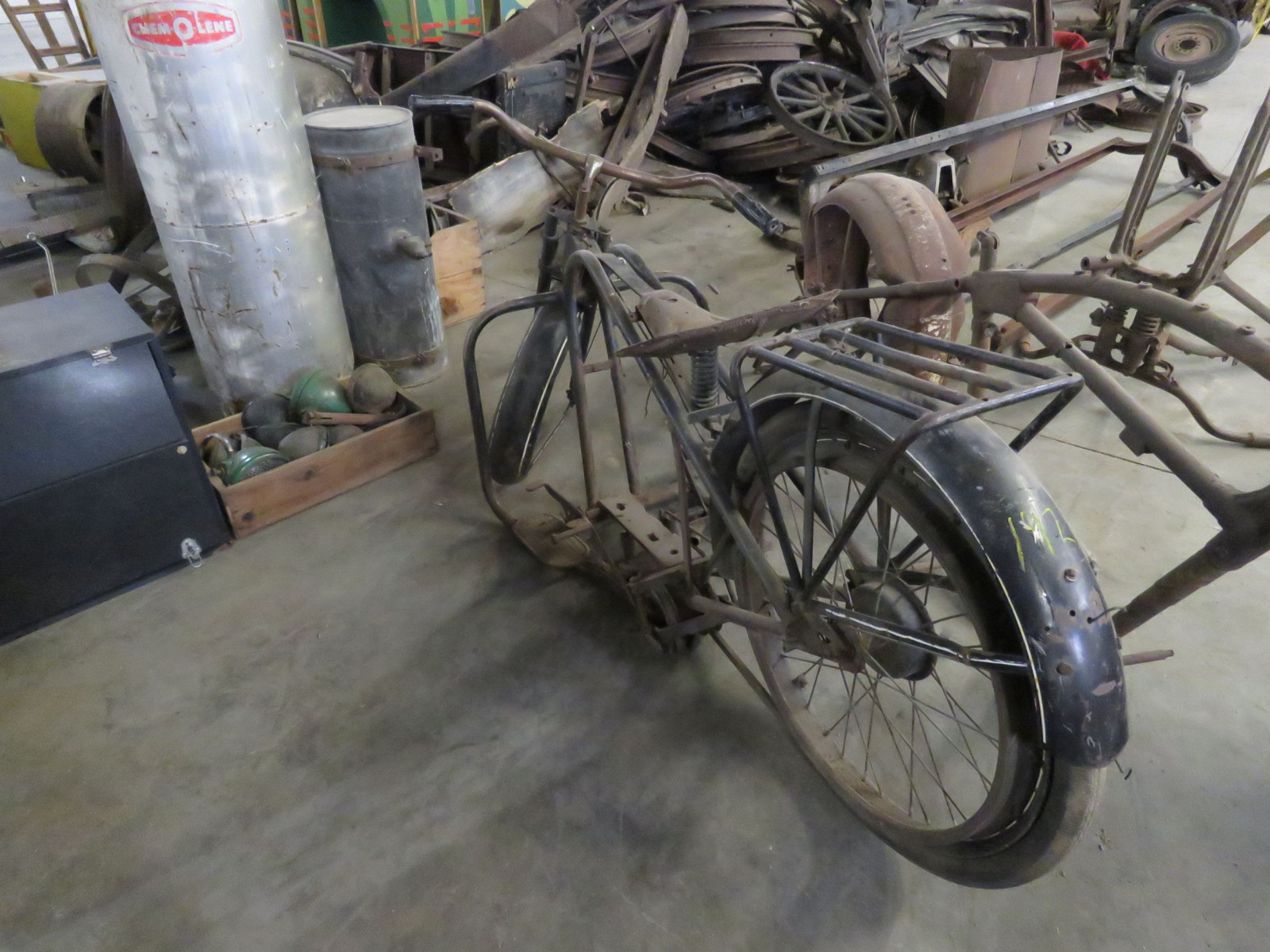 Vintage Servicycle Motorcycle Project - Image 5
