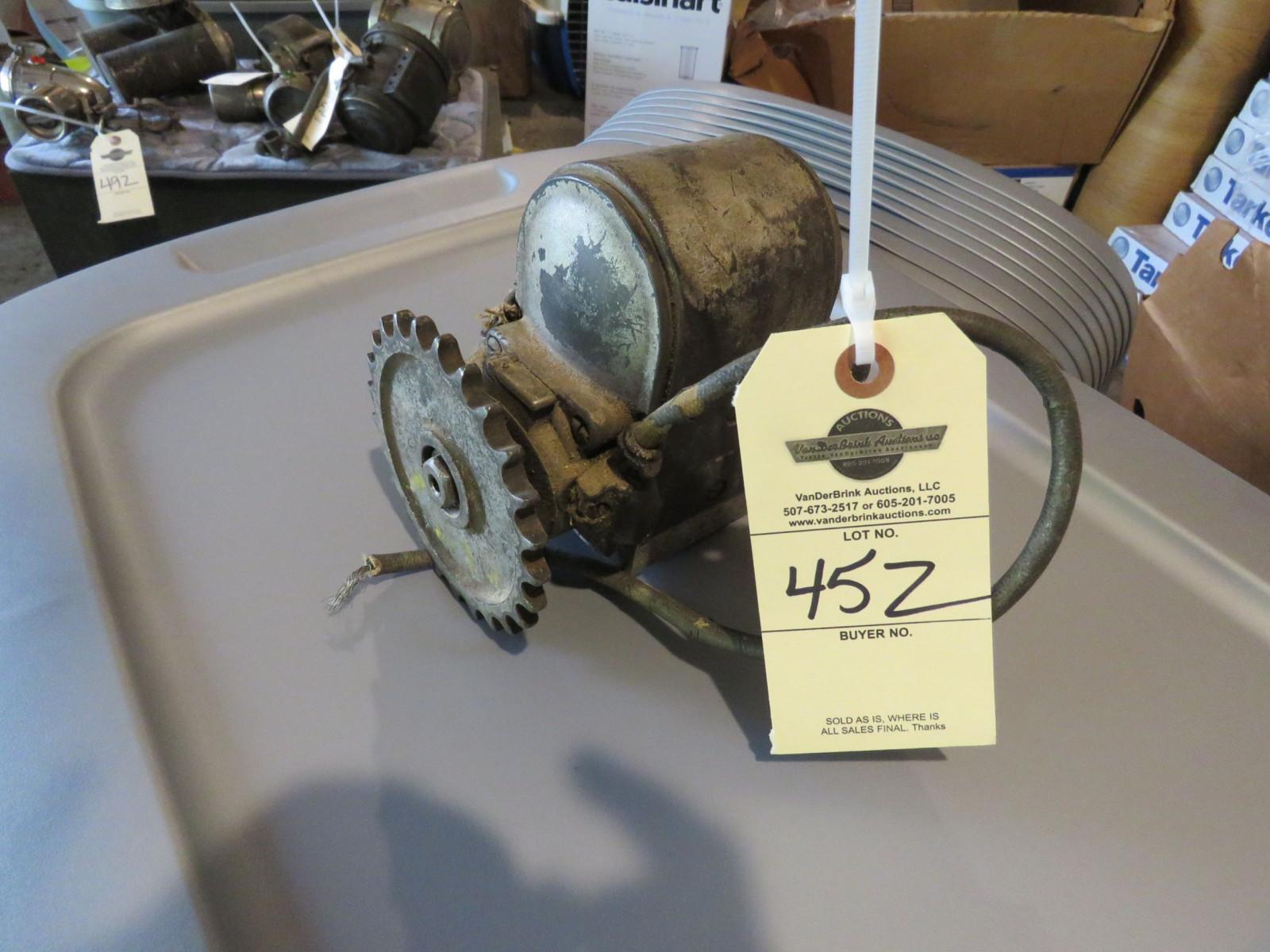 Lot 45Z – Bosch Motorcycle Magneto   VanderBrink Auctions
