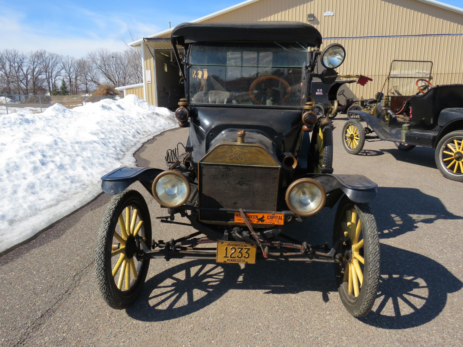 1915 Ford Model T - Image 2