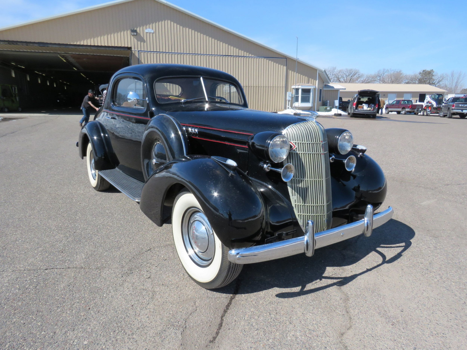 1936 Oldsmobile 3 Window Coupe - Image 3