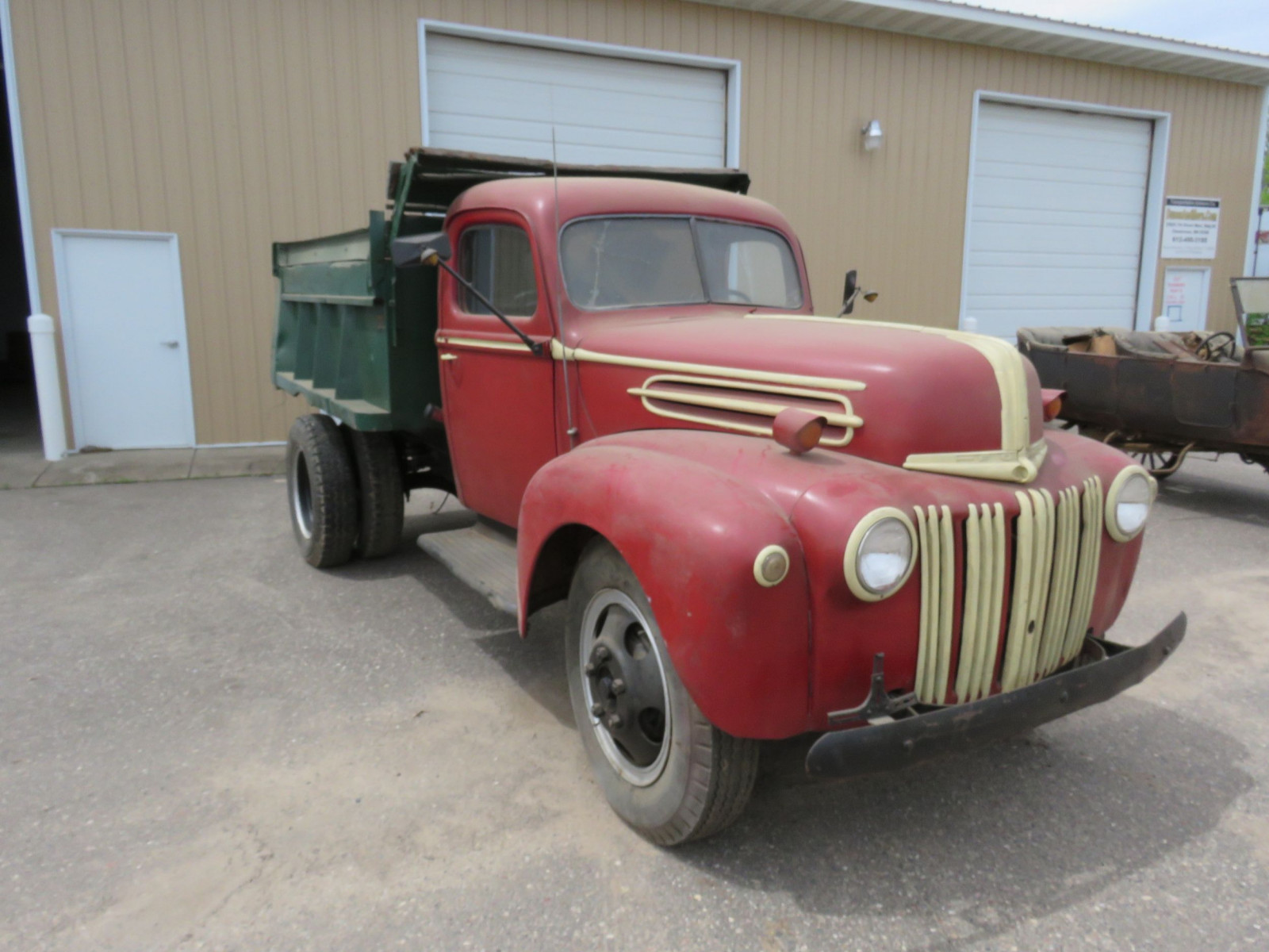 1946-8 Ford F3 Truck - Image 1