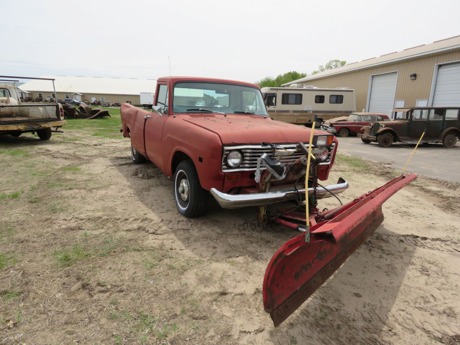 1975 International Pickup - Image 1