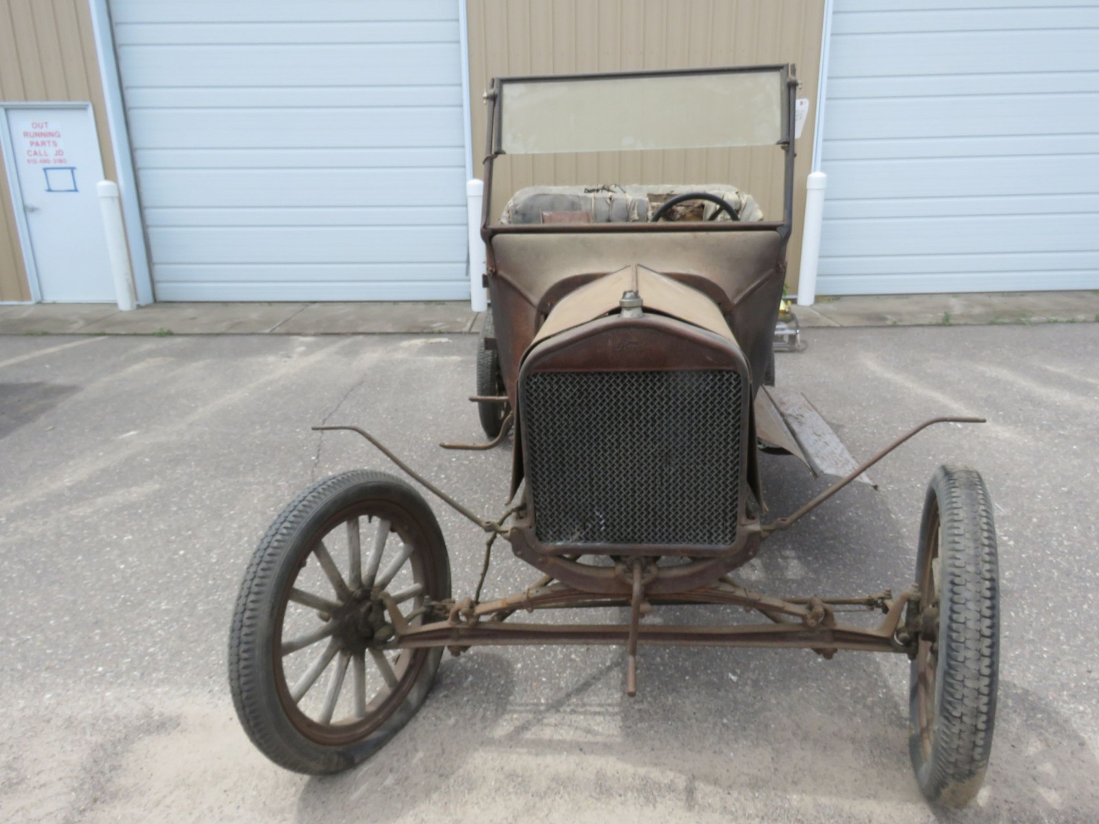 1923-25 Ford Model T Touring Project - Image 2
