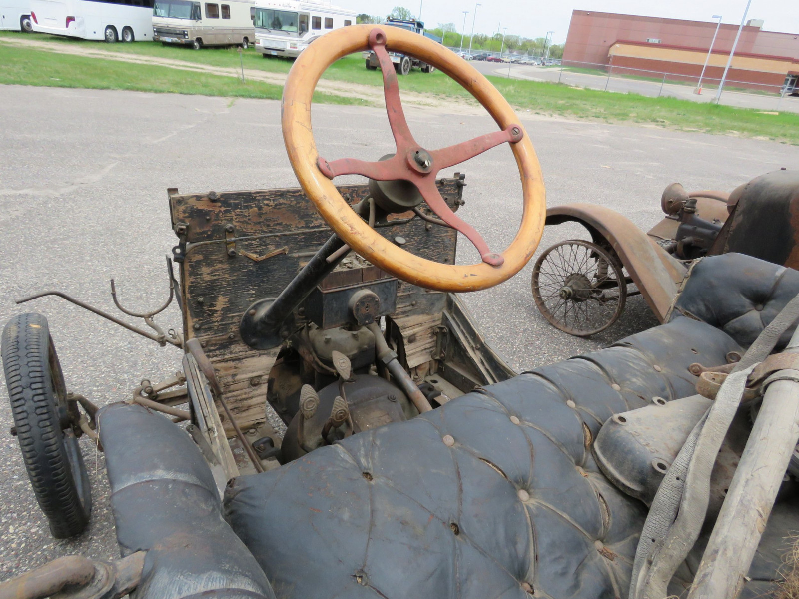 1925 Overland Touring Car for Project or Parts - Image 6