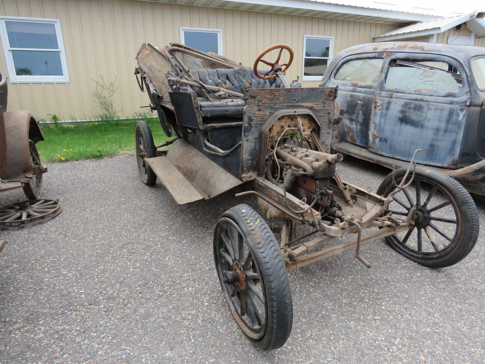 1911 Ford Model T Touring for Project or Parts - Image 1