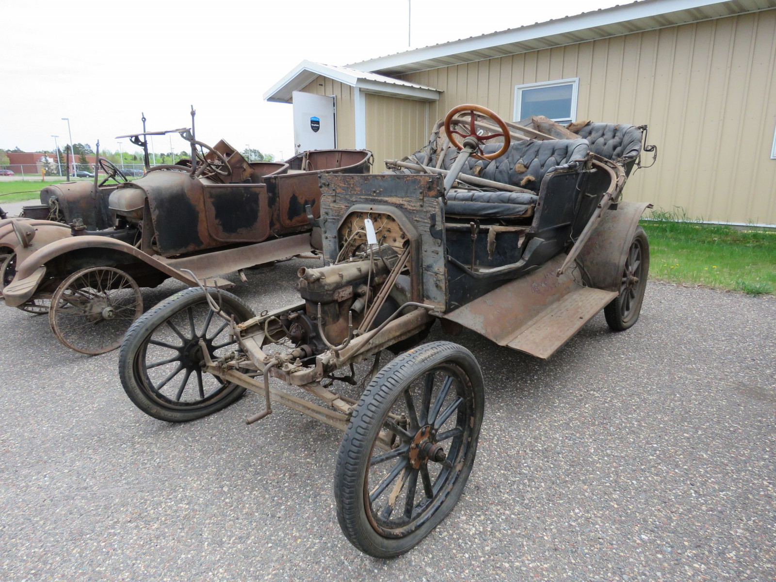 1911 Ford Model T Touring for Project or Parts - Image 2