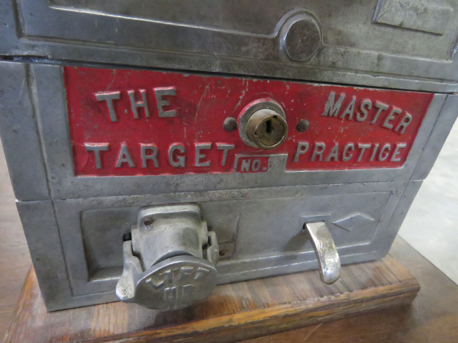 The Master Target Table Top Game - Image 5