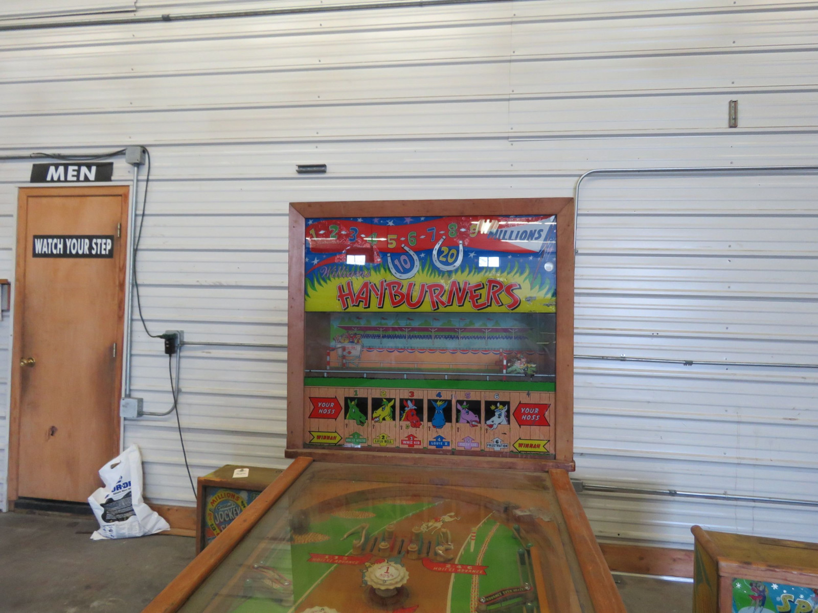 Hay Burners Vintage Horse Racing Pinball Machine - Image 4