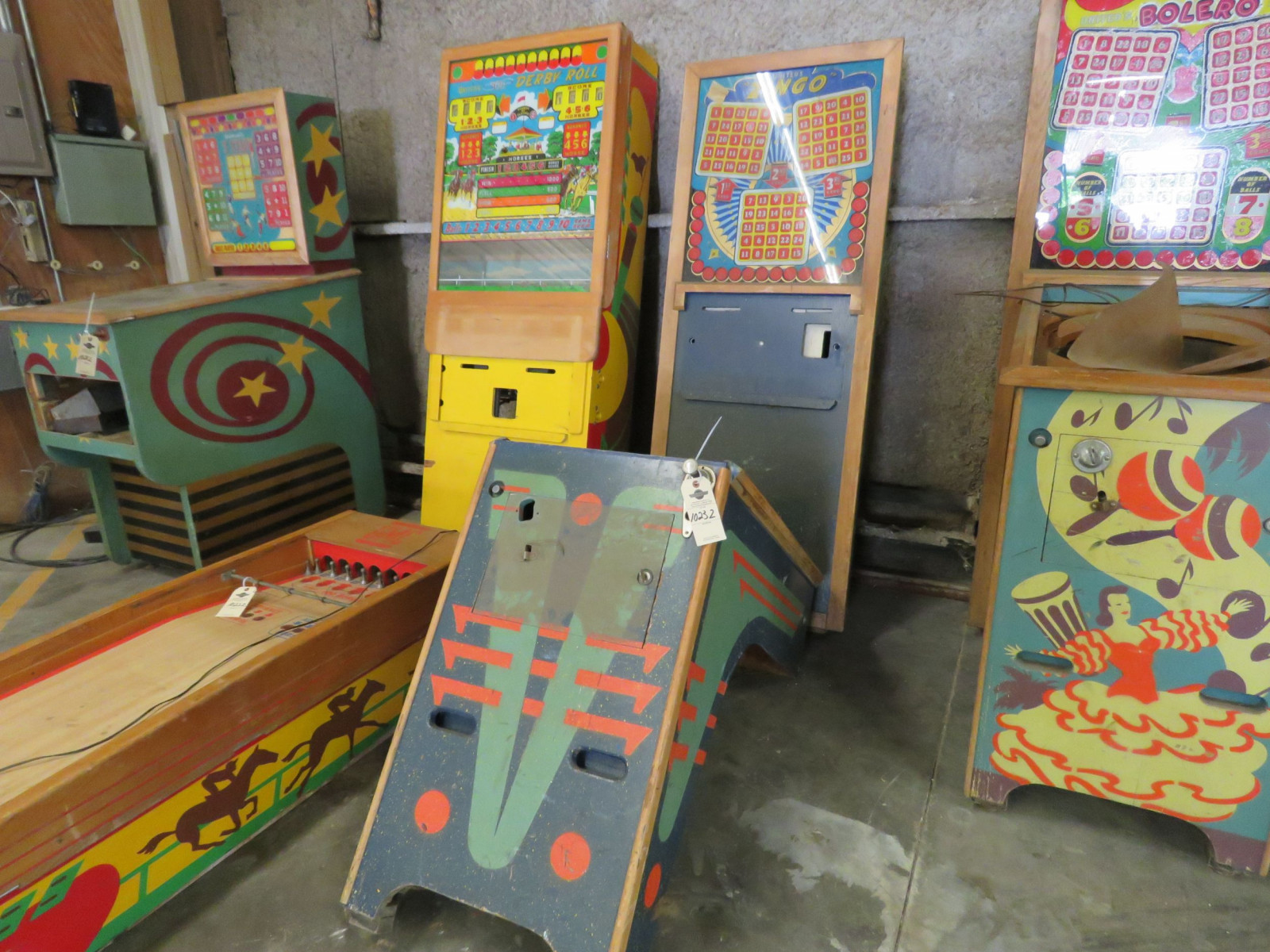 Vintage Ziungo Pinball Machine by United - Image 1