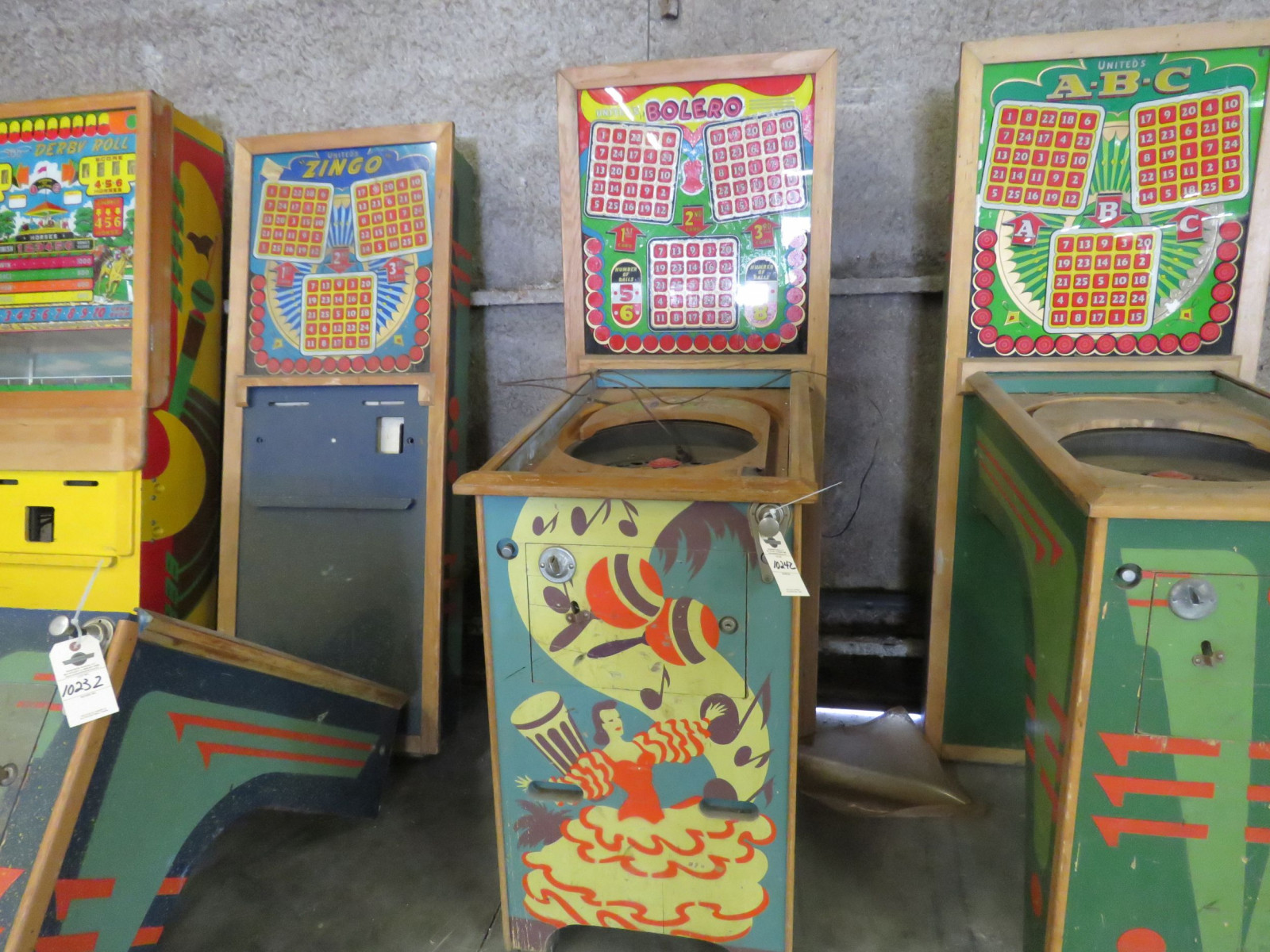 Vintage Bolero Pinball Machine by United - Image 1